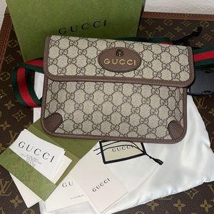 Authentic Gucci supreme canvas gg bum belt bag